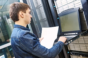 an experienced it professional providing managed it services